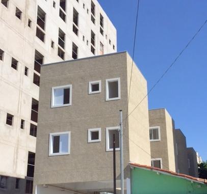 http://www.imobiliarialucro.com.br/fotos_imoveis/1387/5.JPG
