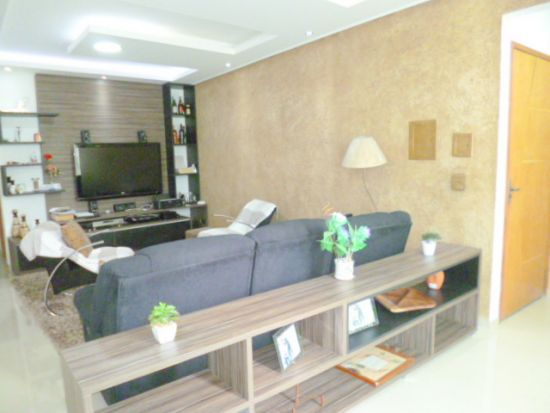 http://www.imobiliarialucro.com.br/fotos_imoveis/1427/P1040095-001.JPG