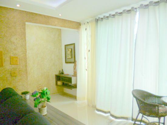 http://www.imobiliarialucro.com.br/fotos_imoveis/1427/P1040102-001.JPG