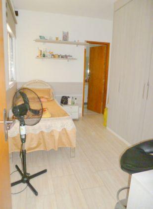 http://www.imobiliarialucro.com.br/fotos_imoveis/1427/P1040109-001.JPG