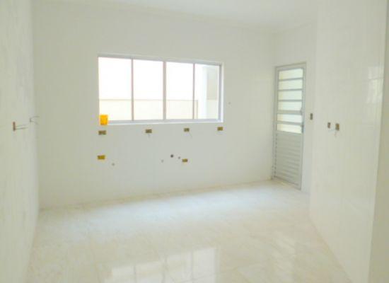 http://www.imobiliarialucro.com.br/fotos_imoveis/1428/P1040133-001.JPG