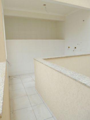 http://www.imobiliarialucro.com.br/fotos_imoveis/1428/P1040136-001.JPG