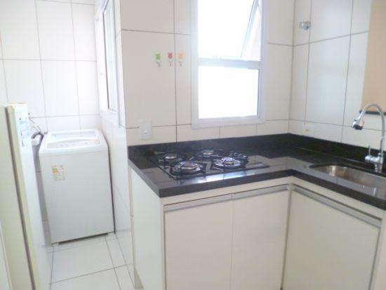 http://www.imobiliarialucro.com.br/fotos_imoveis/1740/4a.JPG