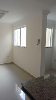 http://www.imobiliarialucro.com.br/fotos_imoveis/1785/2_1.jpg