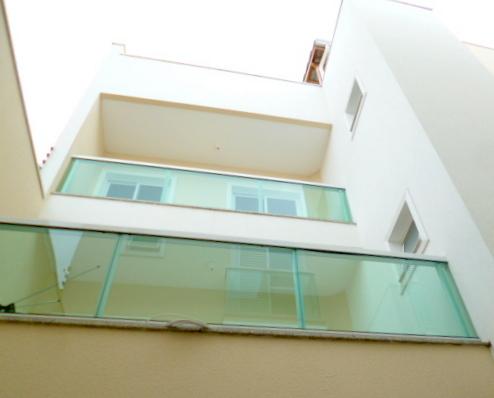 http://www.imobiliarialucro.com.br/fotos_imoveis/1925/P1110116-001.JPG