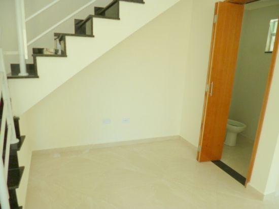 http://www.imobiliarialucro.com.br/fotos_imoveis/1940/3a.JPG