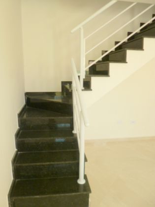 http://www.imobiliarialucro.com.br/fotos_imoveis/1940/5.JPG