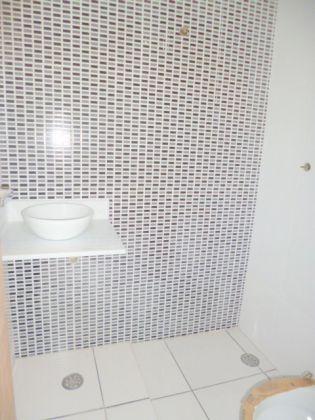 http://www.imobiliarialucro.com.br/fotos_imoveis/2042/4.JPG