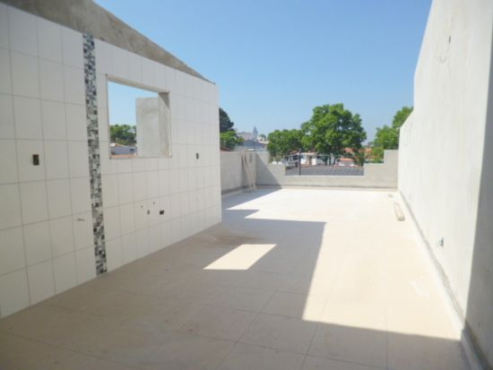 http://www.imobiliarialucro.com.br/fotos_imoveis/2044/7.JPG