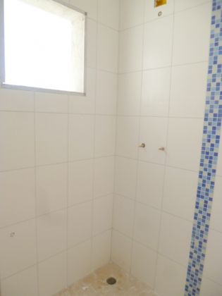 http://www.imobiliarialucro.com.br/fotos_imoveis/2045/6a.JPG