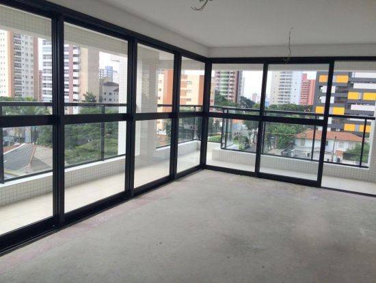 http://www.imobiliarialucro.com.br/fotos_imoveis/2061/3.jpg