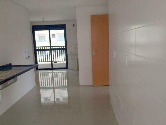 http://www.imobiliarialucro.com.br/fotos_imoveis/2061/5.jpg