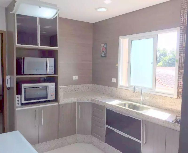 http://www.imobiliarialucro.com.br/fotos_imoveis/2327/2017.06.20-11.45.26-10.jpg