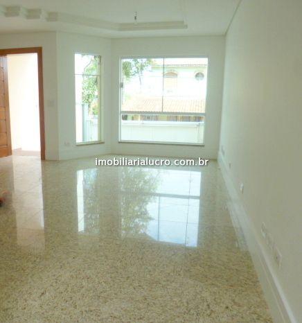Sobrado Vila Scarpelli 3 dormitorios 5 banheiros 4 vagas na garagem