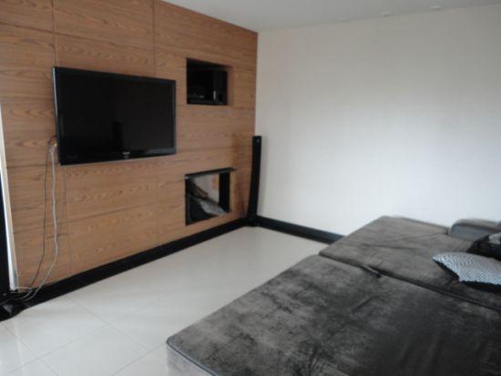 http://www.imobiliarialucro.com.br/fotos_imoveis/786/DSC03913.JPG