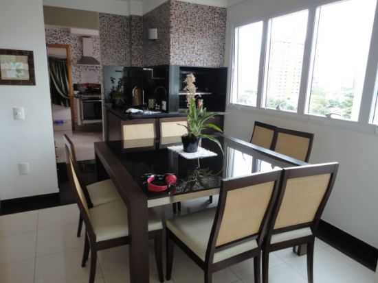 http://www.imobiliarialucro.com.br/fotos_imoveis/786/DSC03915.JPG