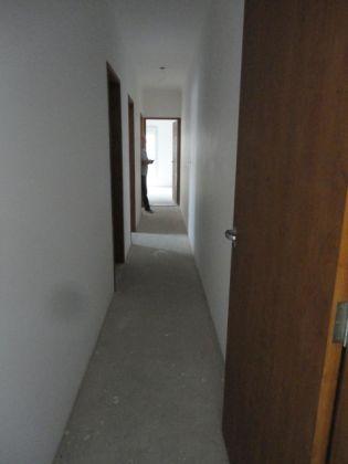 http://www.imobiliarialucro.com.br/fotos_imoveis/942/6.JPG