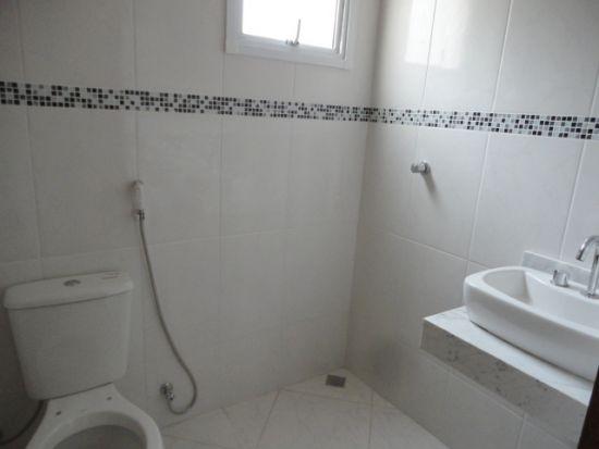 http://www.imobiliarialucro.com.br/fotos_imoveis/942/8.JPG